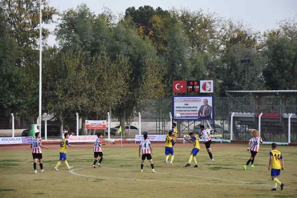 İncirliova 8 Futbolcuyu Gönderdi