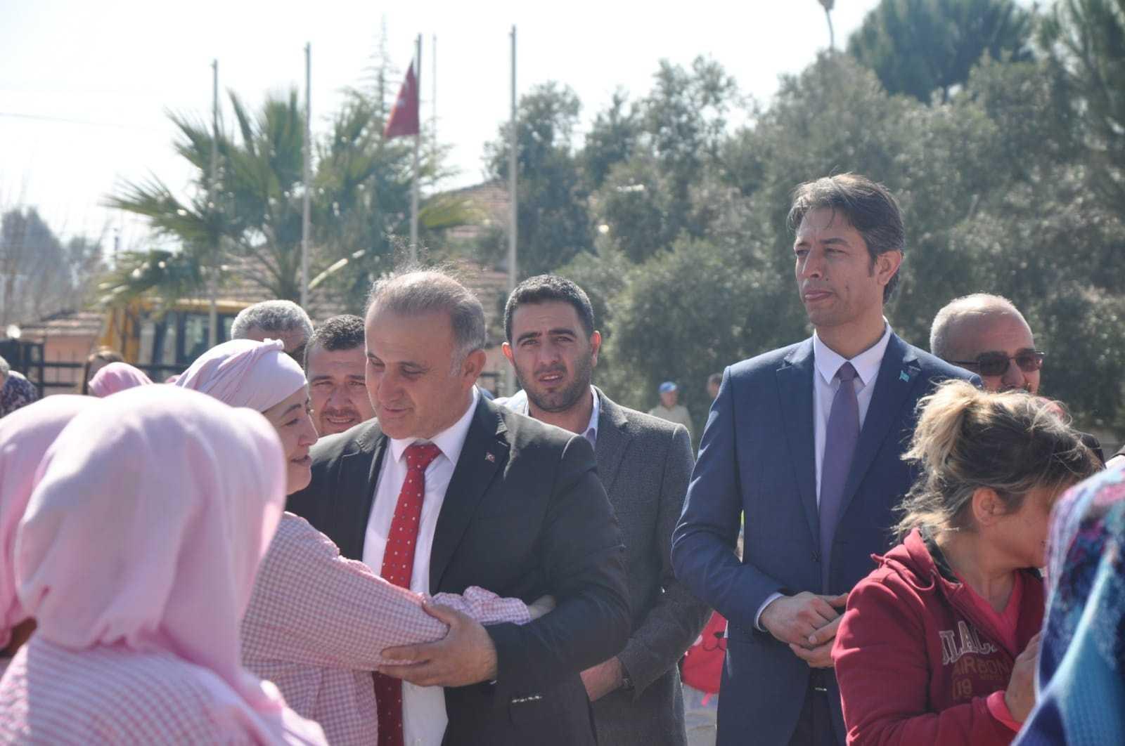Aytekin Kaya, Kırcılar Fabrikası'nı Ziyaret Etti