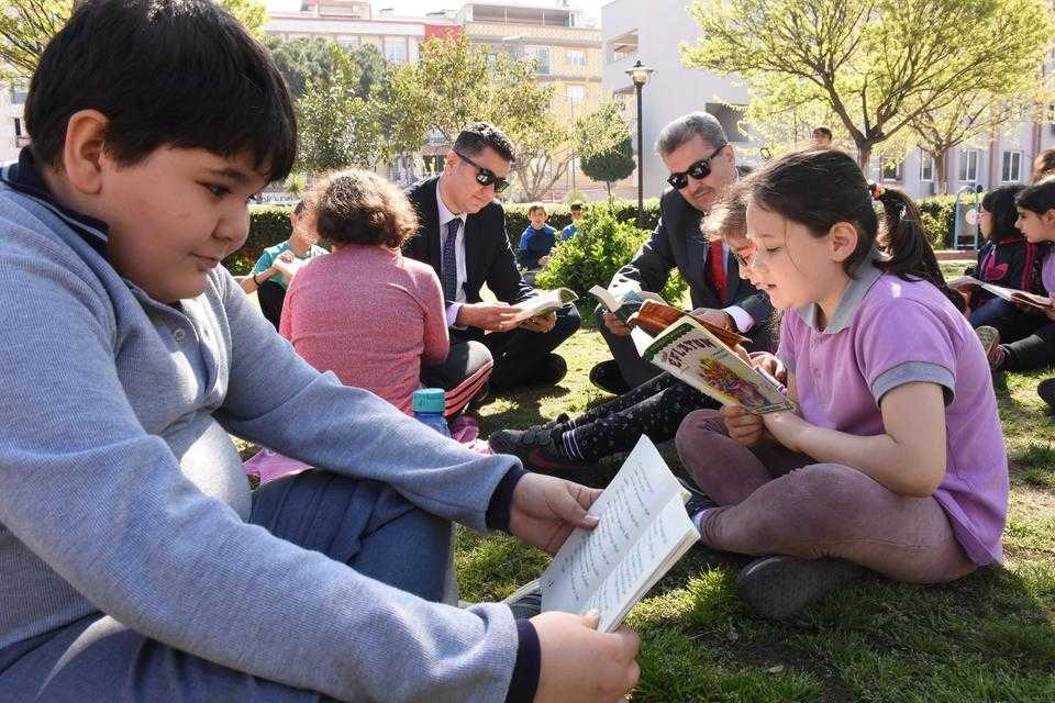 İncirliova'da Kitap Okuma Etkinliği