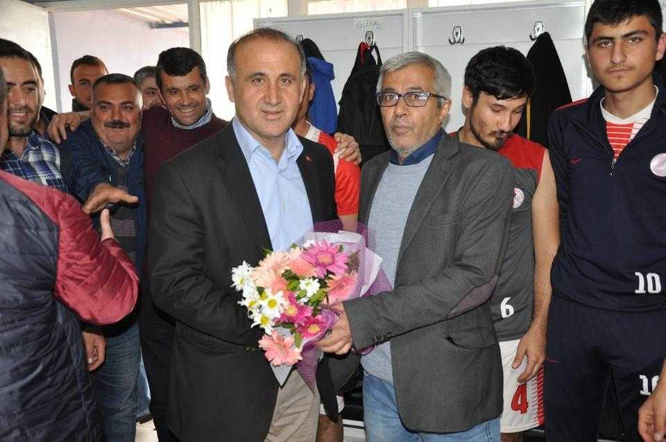 Kaya, İncirliova Belediyespor maçını takip etti