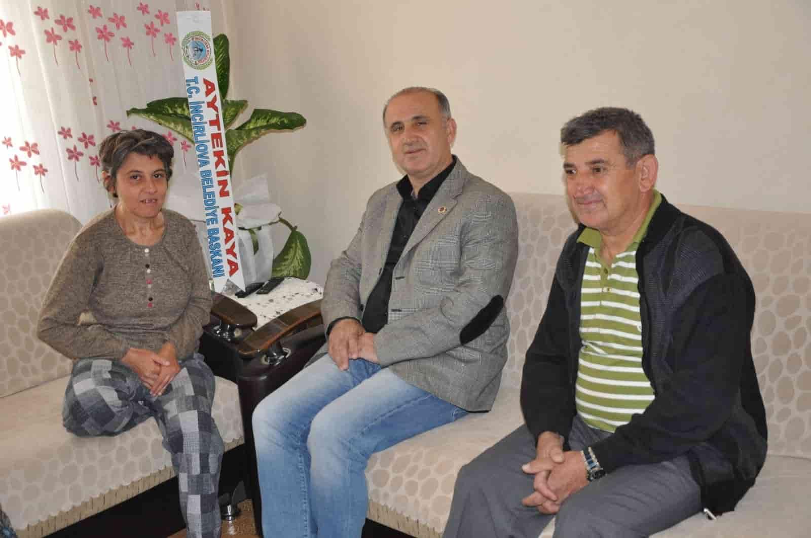 Başkan Kaya'dan Engelli Annelere Süpriz